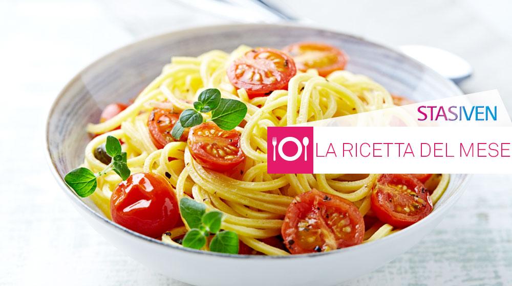 Ricette contro le gambe gonfie: spaghetti integrali con pomodorini e basilico